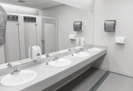 cleaning-publick-restrooms-510x350